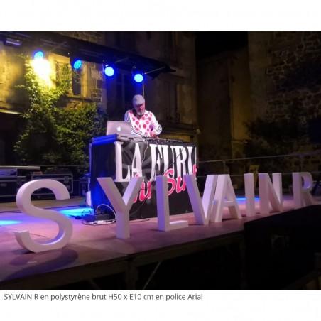 Lettres géants en polystyrène brut blanc évènement festival musique fête