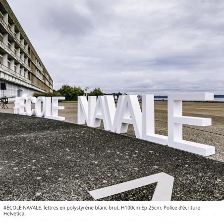 ecole navale de brest lettres polystyrène blanc brut police helvetica h100 l950 ep25