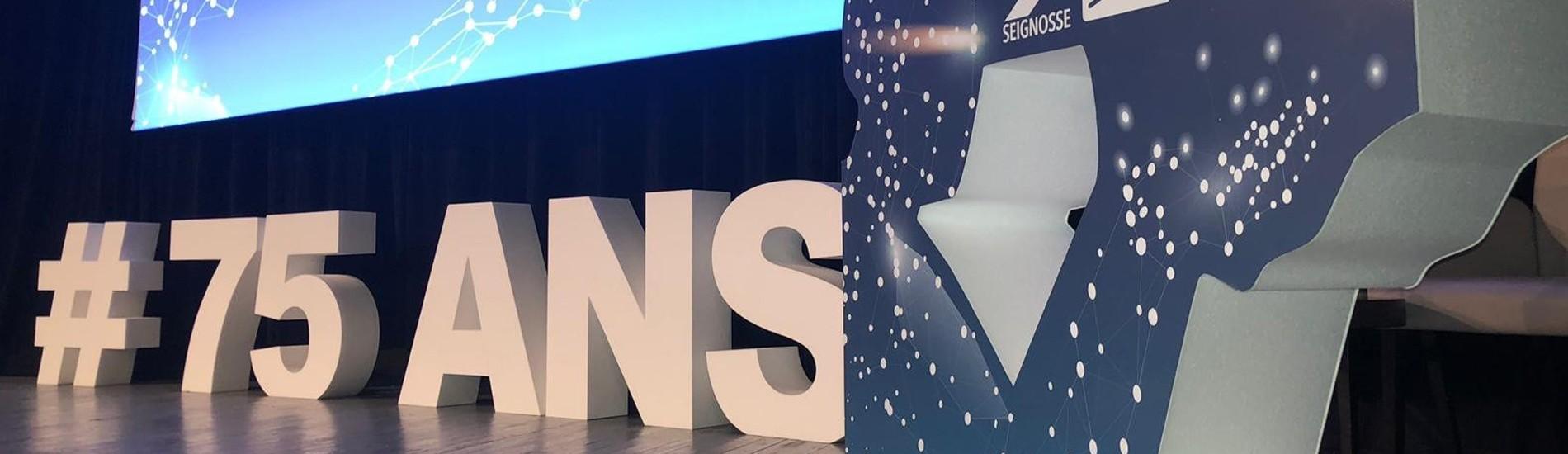Lettres et comptoirs en géants en polystyrène 29ème Congrès du SNB 75 ans anniversaire fête conférence évènement professionnel